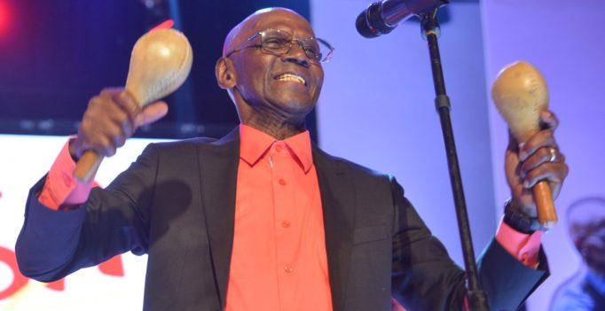 Grammy Latinos reconocerá a Cuco Valoy
