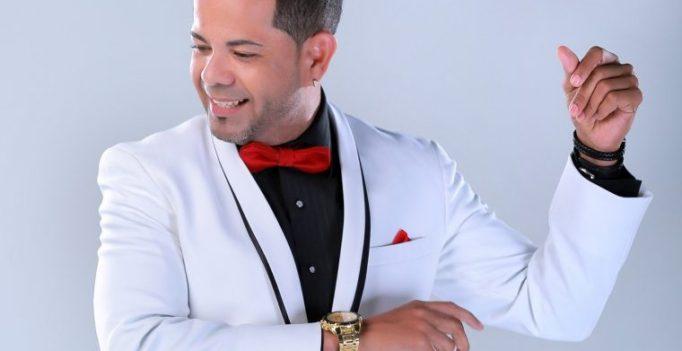 """Salsero Humberto Ulloa llega a la radio con """"Cariño del bueno"""""""