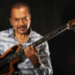 Bobby Valentín un paso del Grammy Latino
