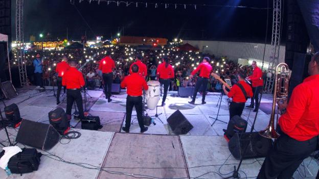 Chiquito Team Band pasea su salsa por México