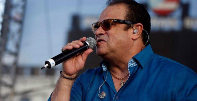 """Tony Vega: """"Yo no diluyo mi salsa"""" con otros géneros"""