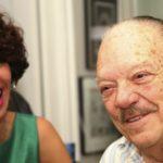 Larry Harlow delicado de salud tras contraer bacteria en hospital