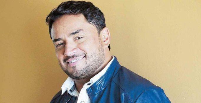 Manny Manuel celebra 25 años como solista